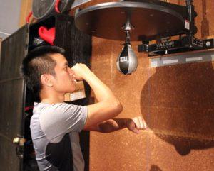 Тренировка с пневмогрушей
